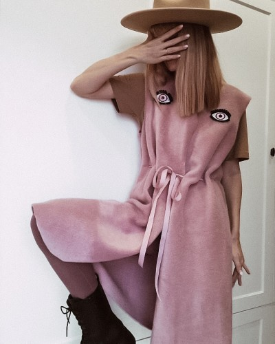 Rožinė moteriška liemenė